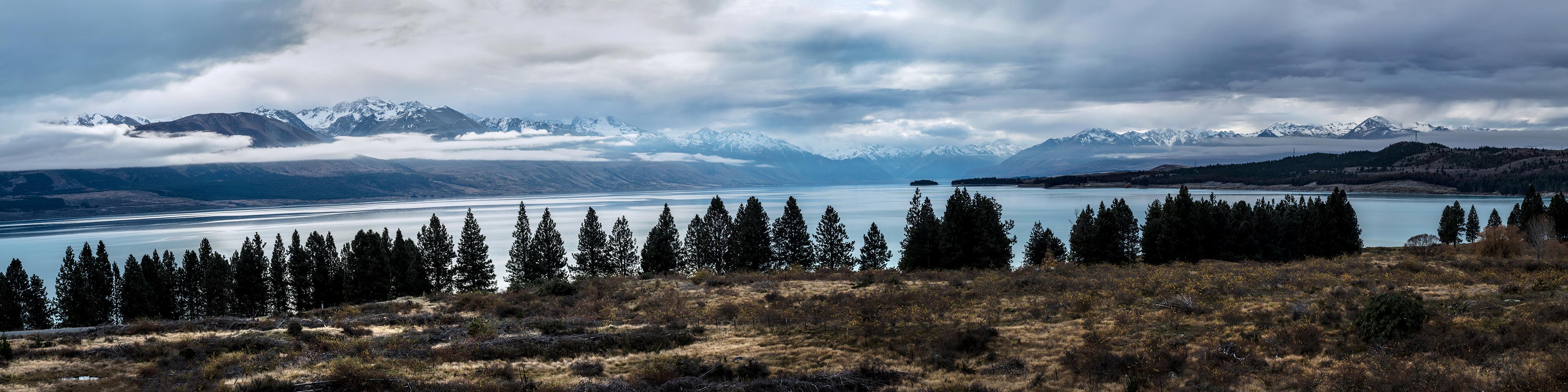 Overviewing Lake Pukaki