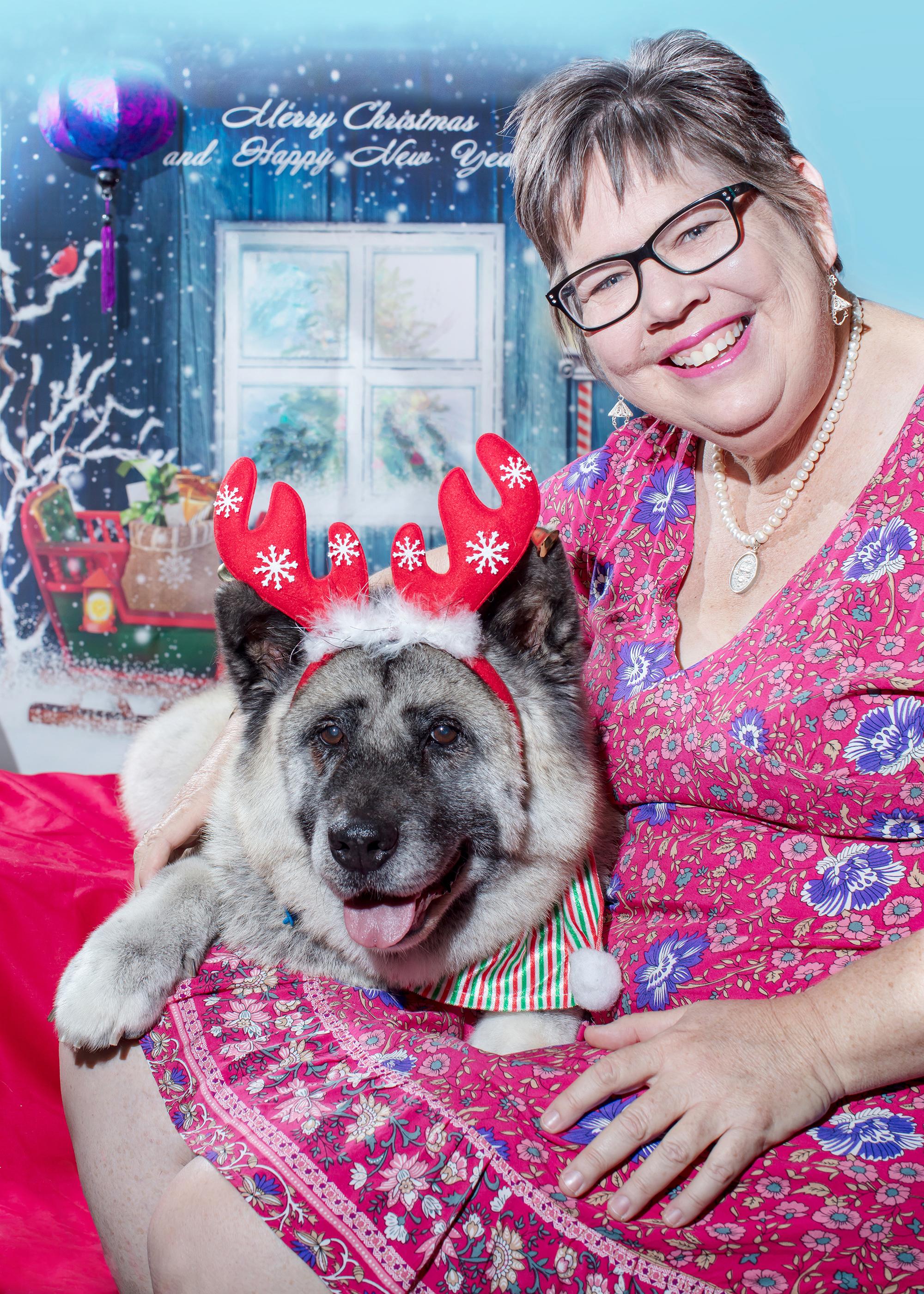Marnie and Bindi_Christmas Portrait_5x7i