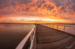 Urangan Pier On Fire (1)
