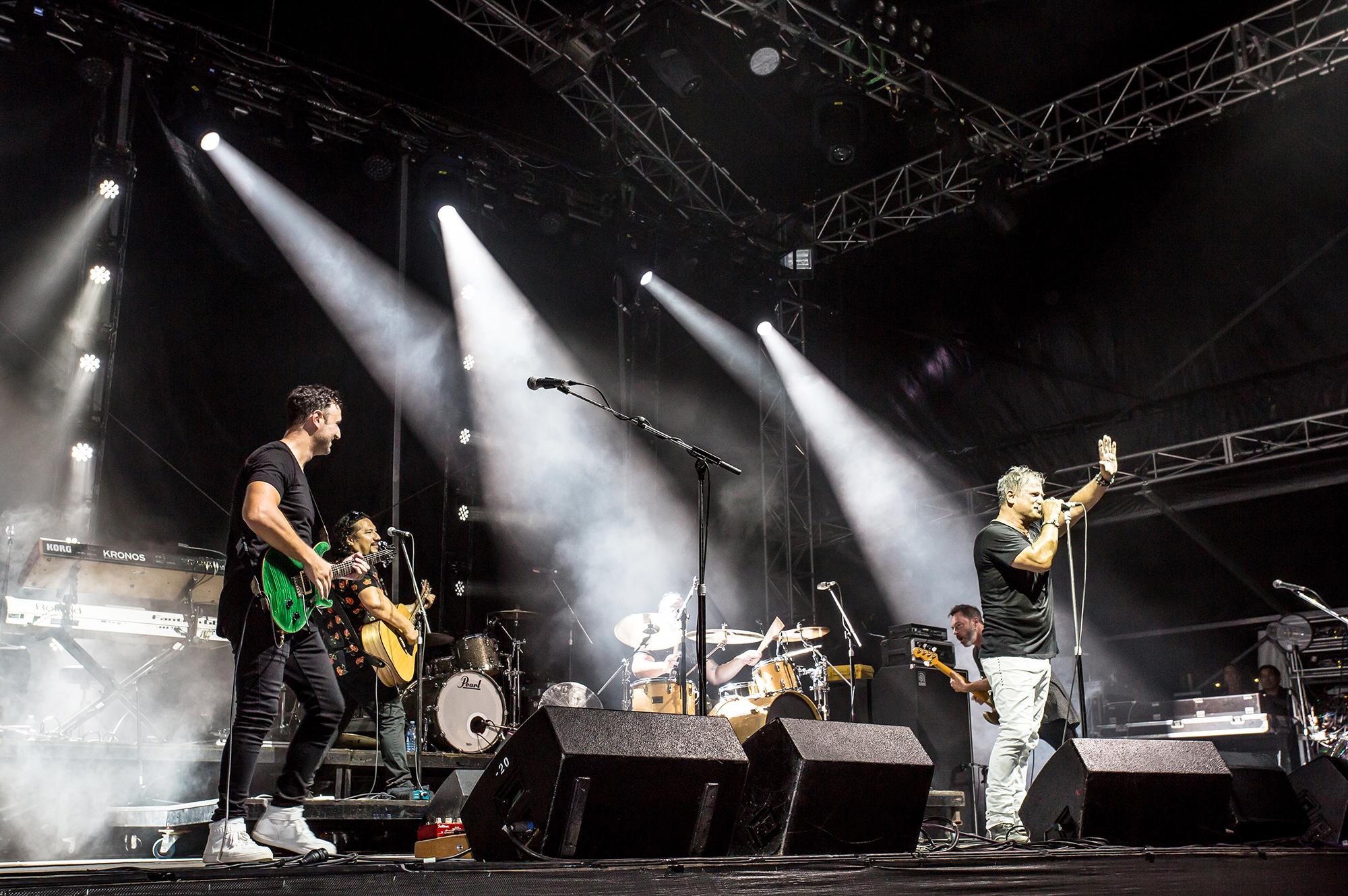 Jon Stevens concert in Hervey Bay