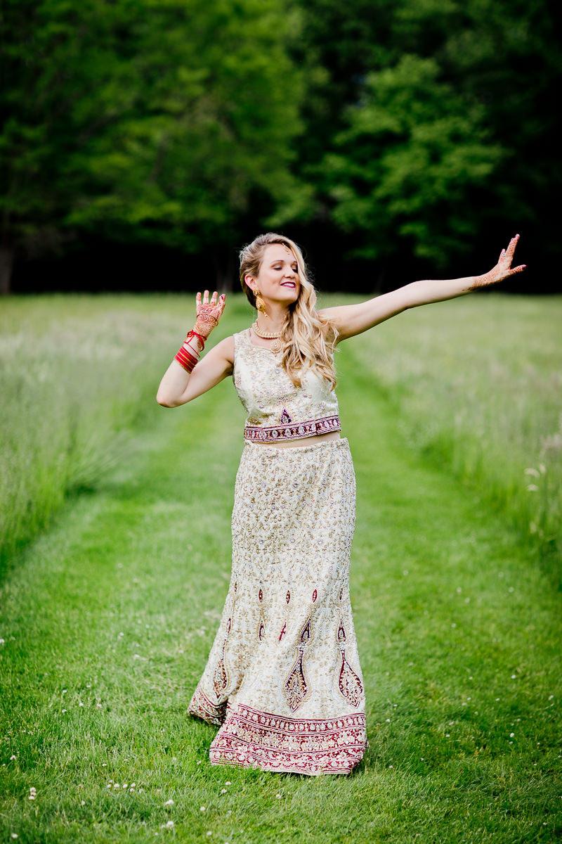 Documentary wedding photographers in Ontario