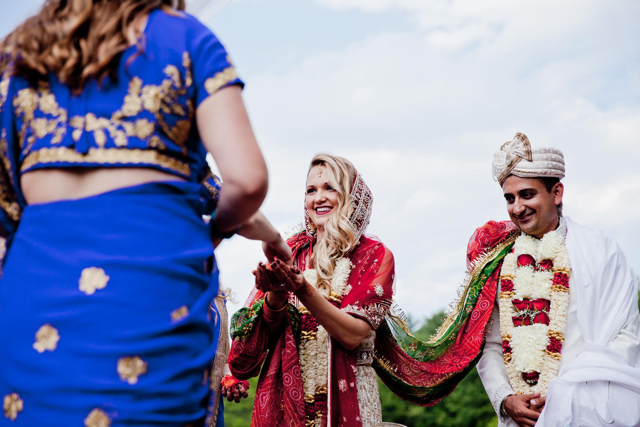 035_Canada-documentary-wedding-photograp