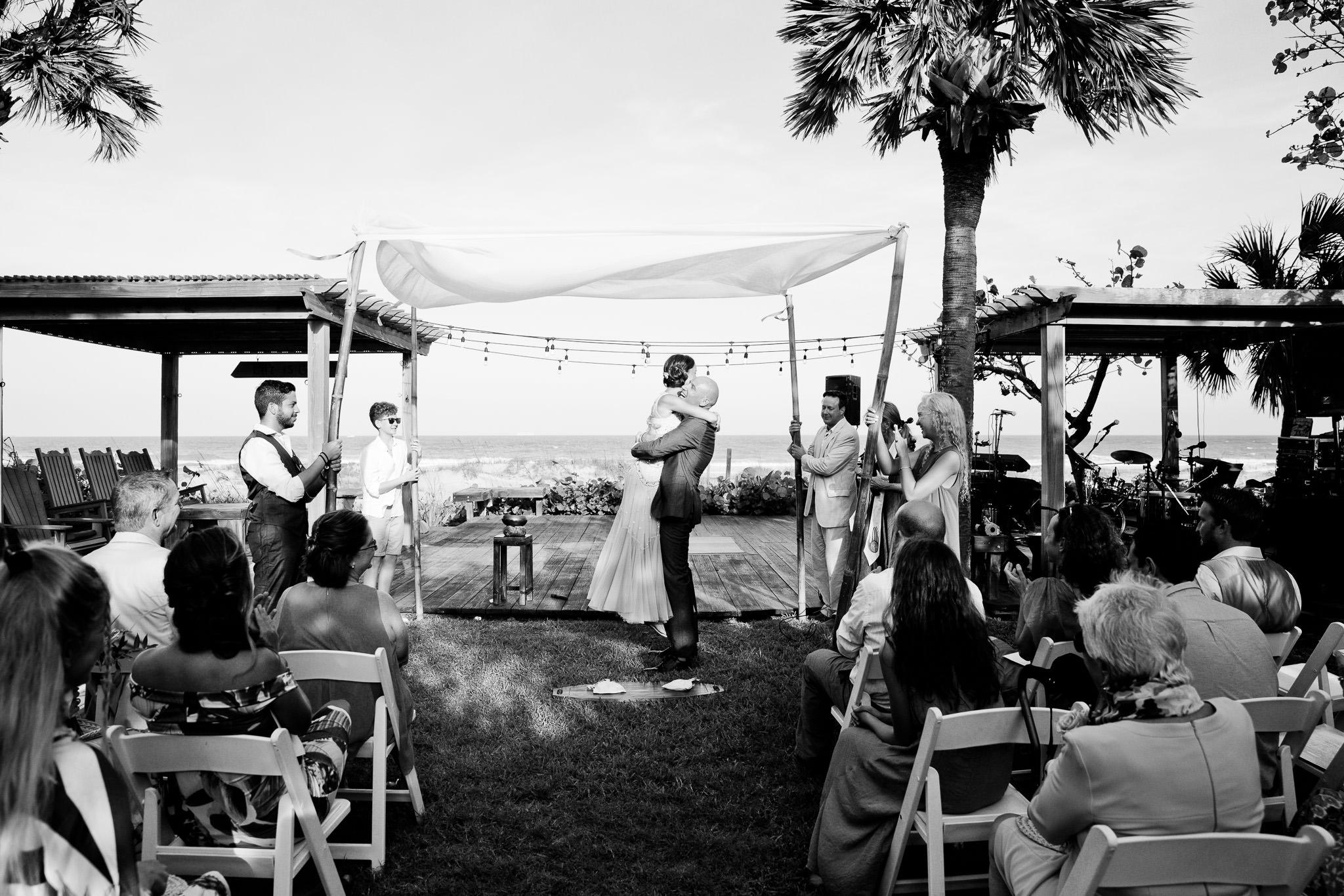 044_Canadian-destination-wedding-photogr