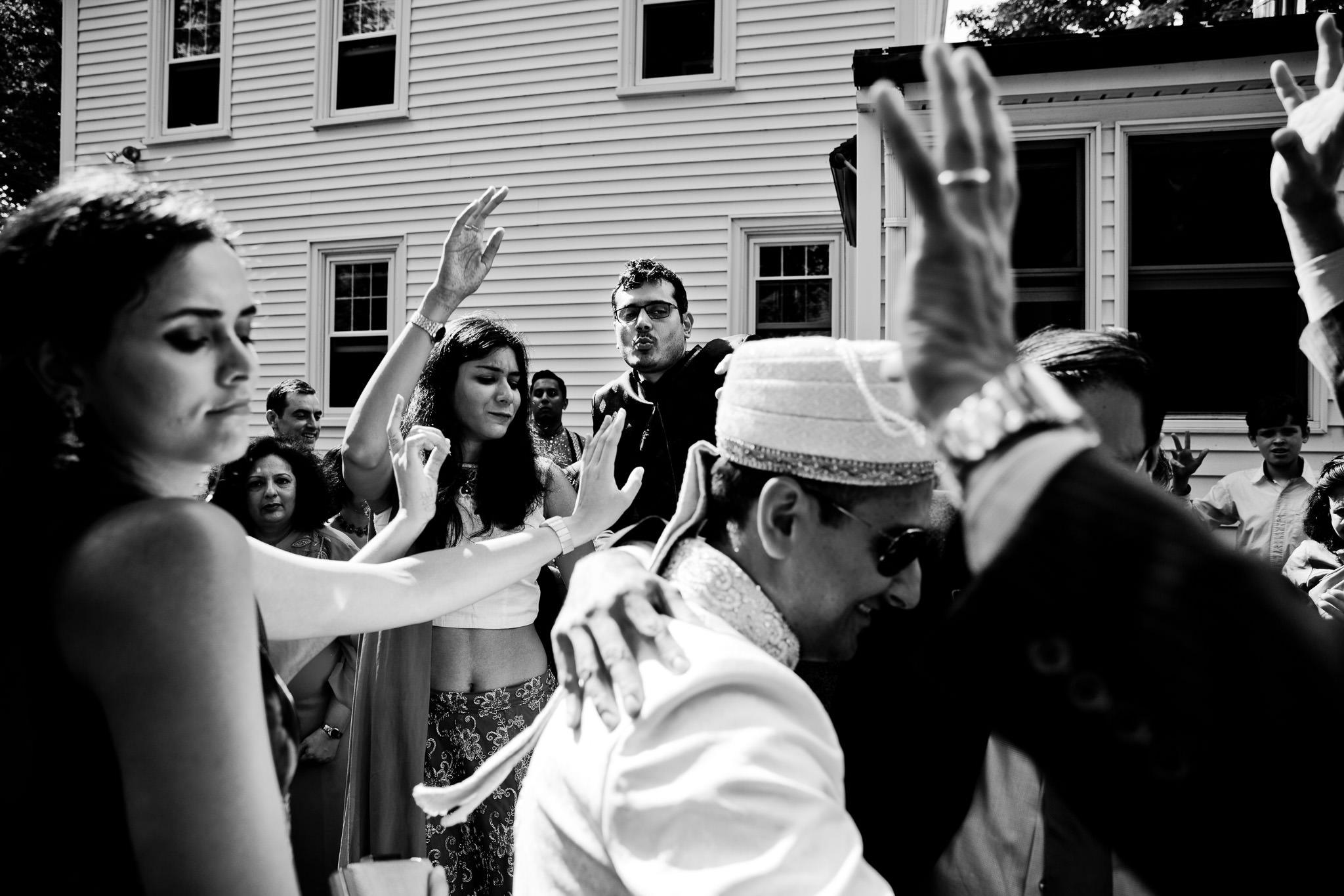 030_Canada-documentary-wedding-photograp