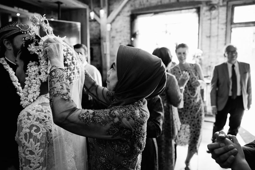 documentary wedding photographers Toronto