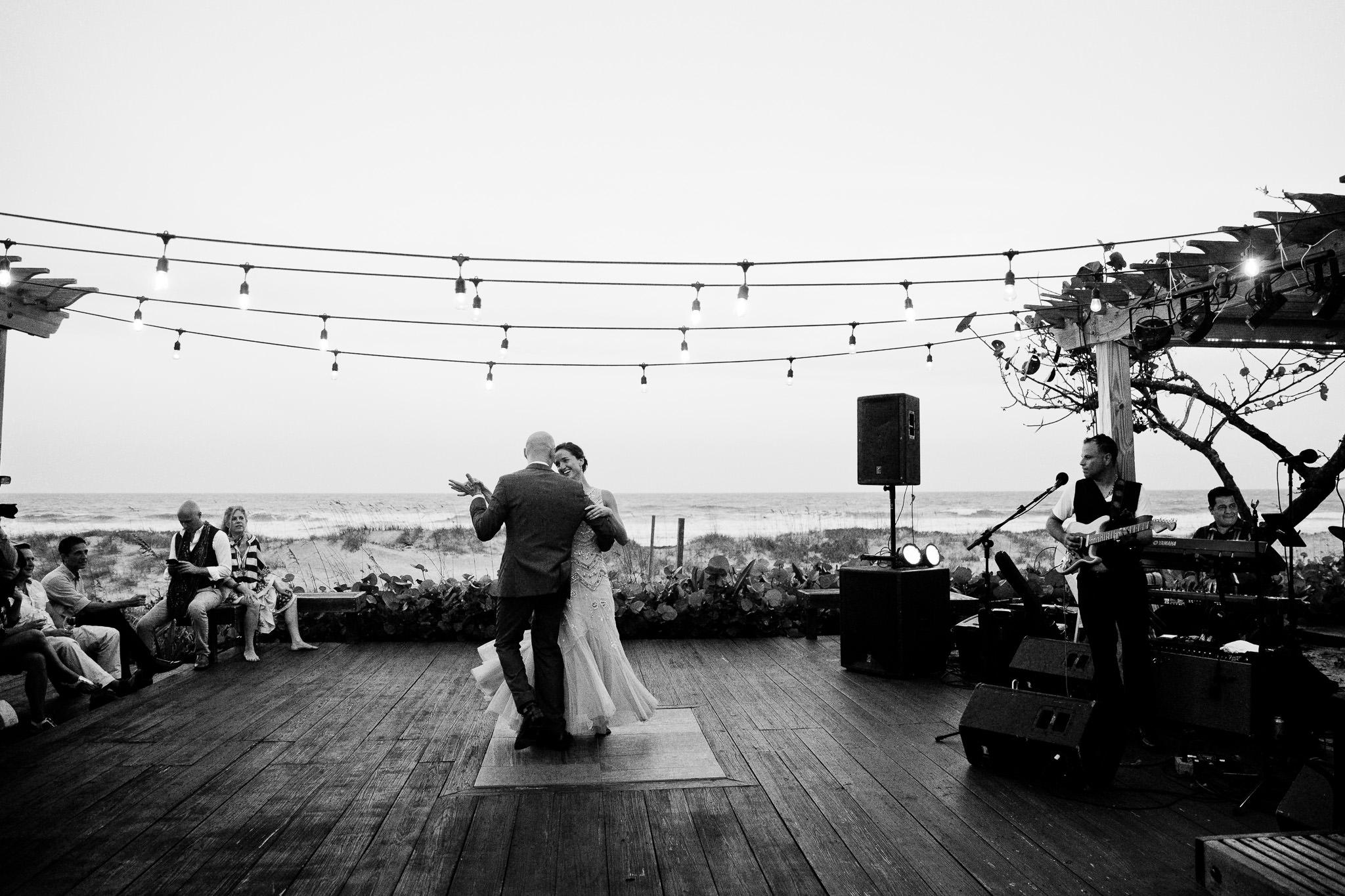 057_Canadian-destination-wedding-photogr