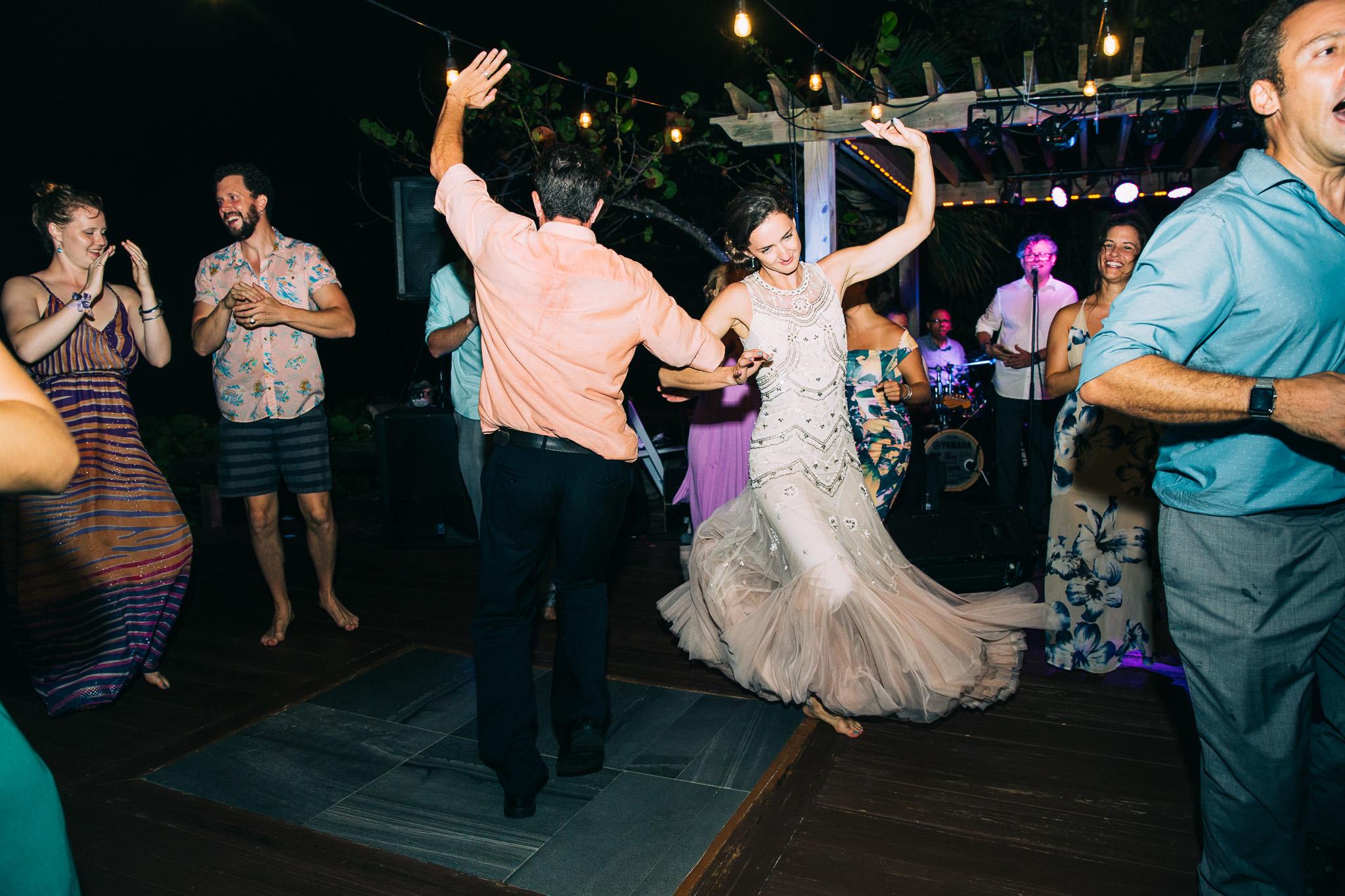 083_Canadian-destination-wedding-photogr