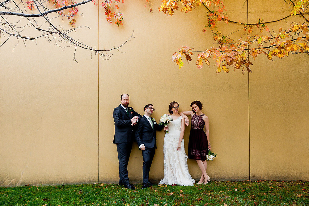 unique wedding party photos