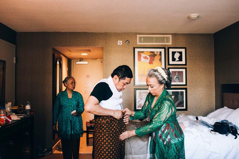 Vancouver photojournalistic wedding photographer