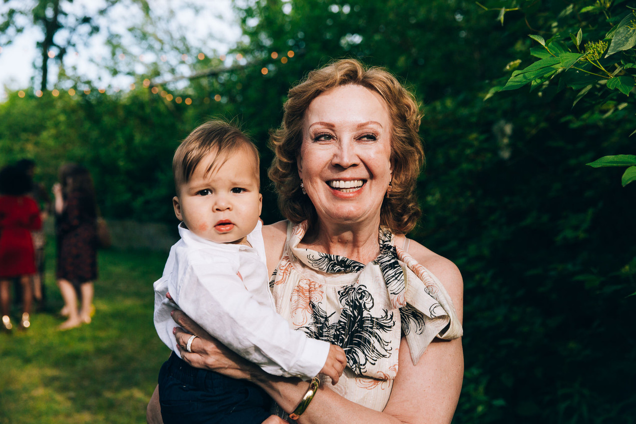 British Columbia photojournalistic wedding photography