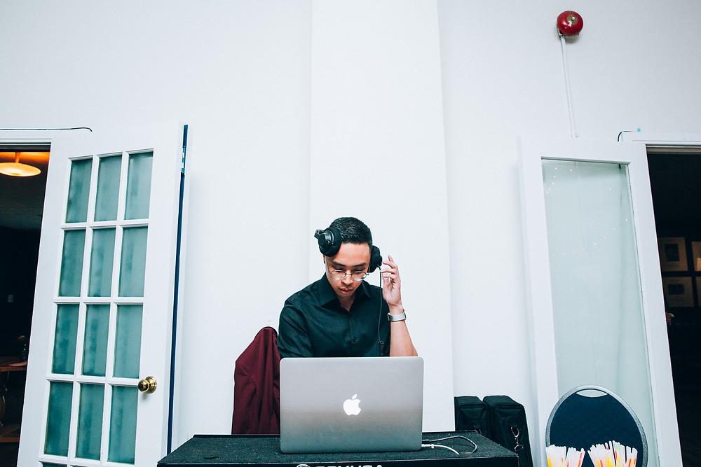 wedding DJ in Toronto in macbook computer