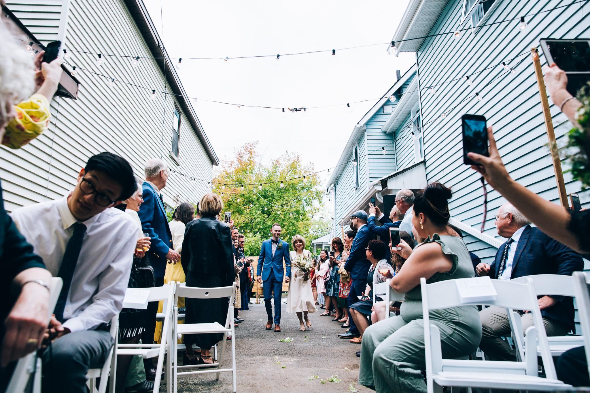 041_Canada-documentary-wedding-photograp