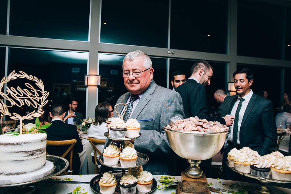 unique wedding photos Canada