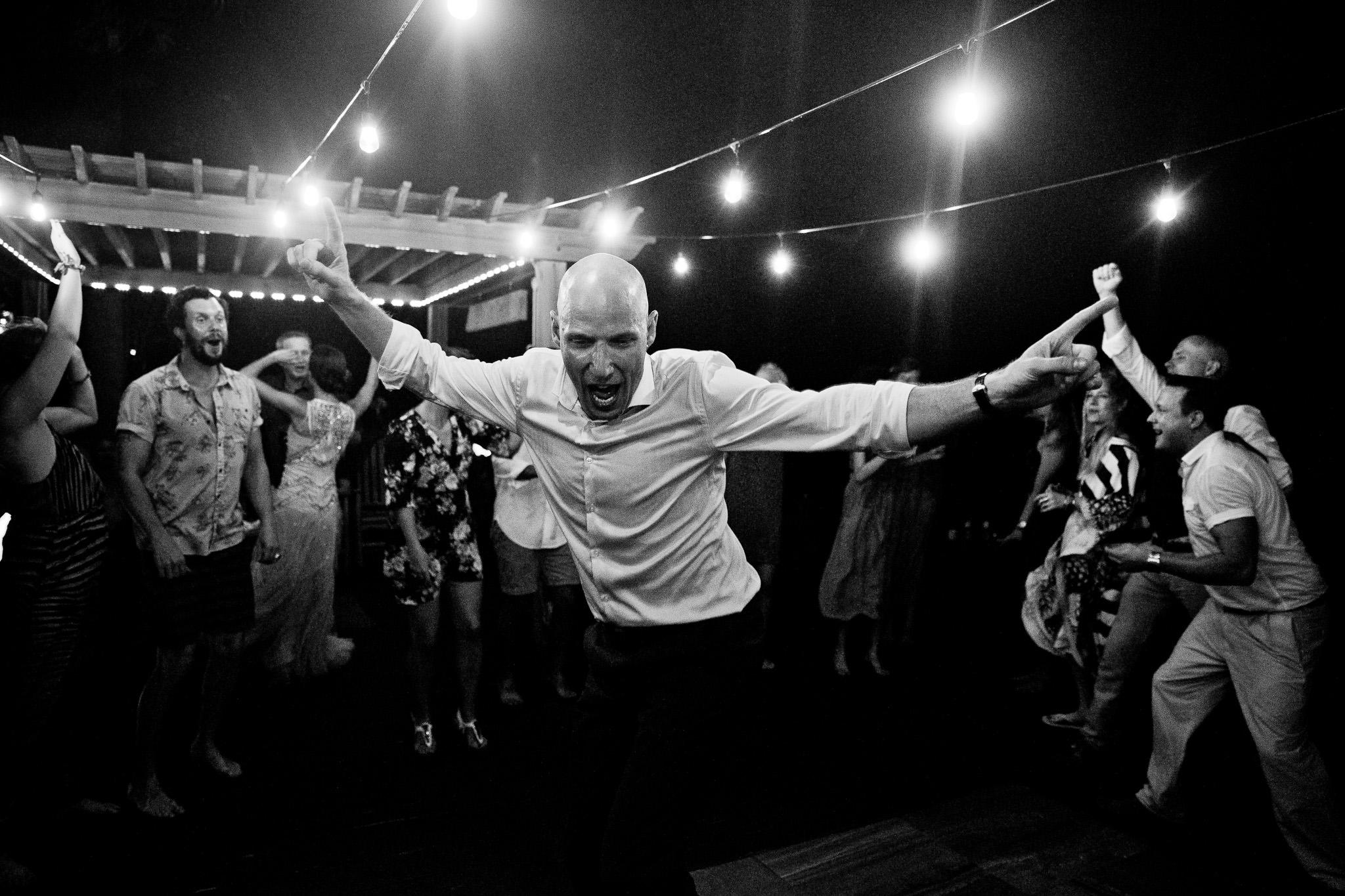 068_Canadian-destination-wedding-photogr