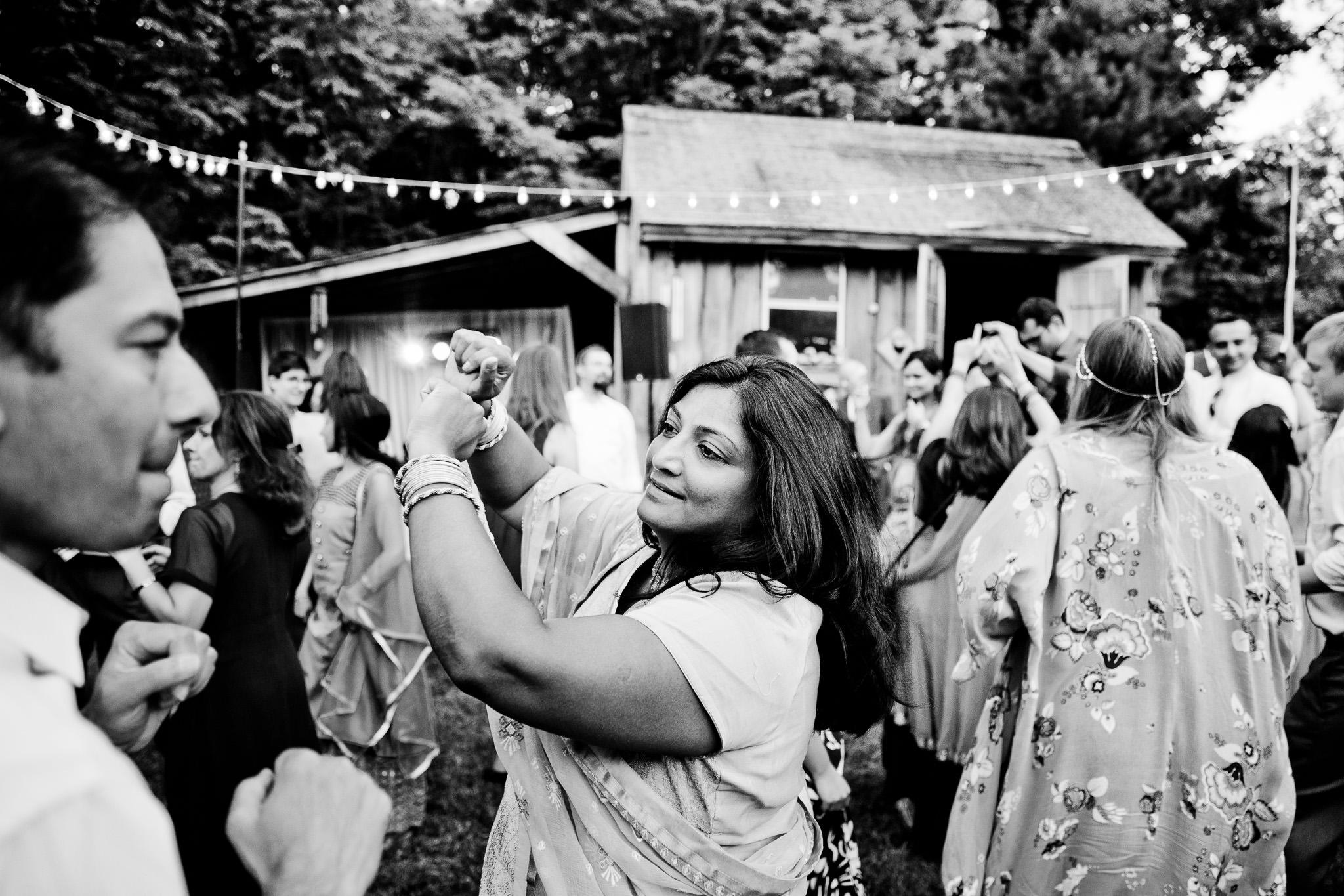 048_Canada-documentary-wedding-photograp