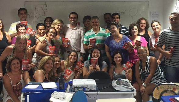 16 - Prof. Alex Santos e turma do Centro Brasileiro de Acupuntura.jpg