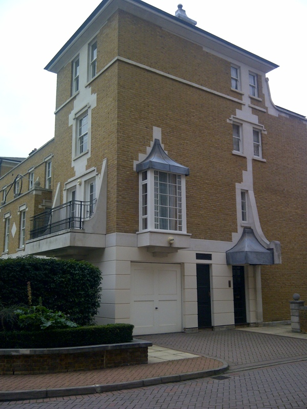 4 Lindsay Square, London