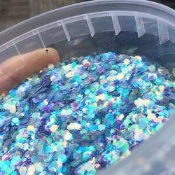 New glitters!!! 🙌🏼 yaaaas! #glitter #mermaid #love #festival #cantwait