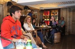 Cafe con Cine, Hotel Cort