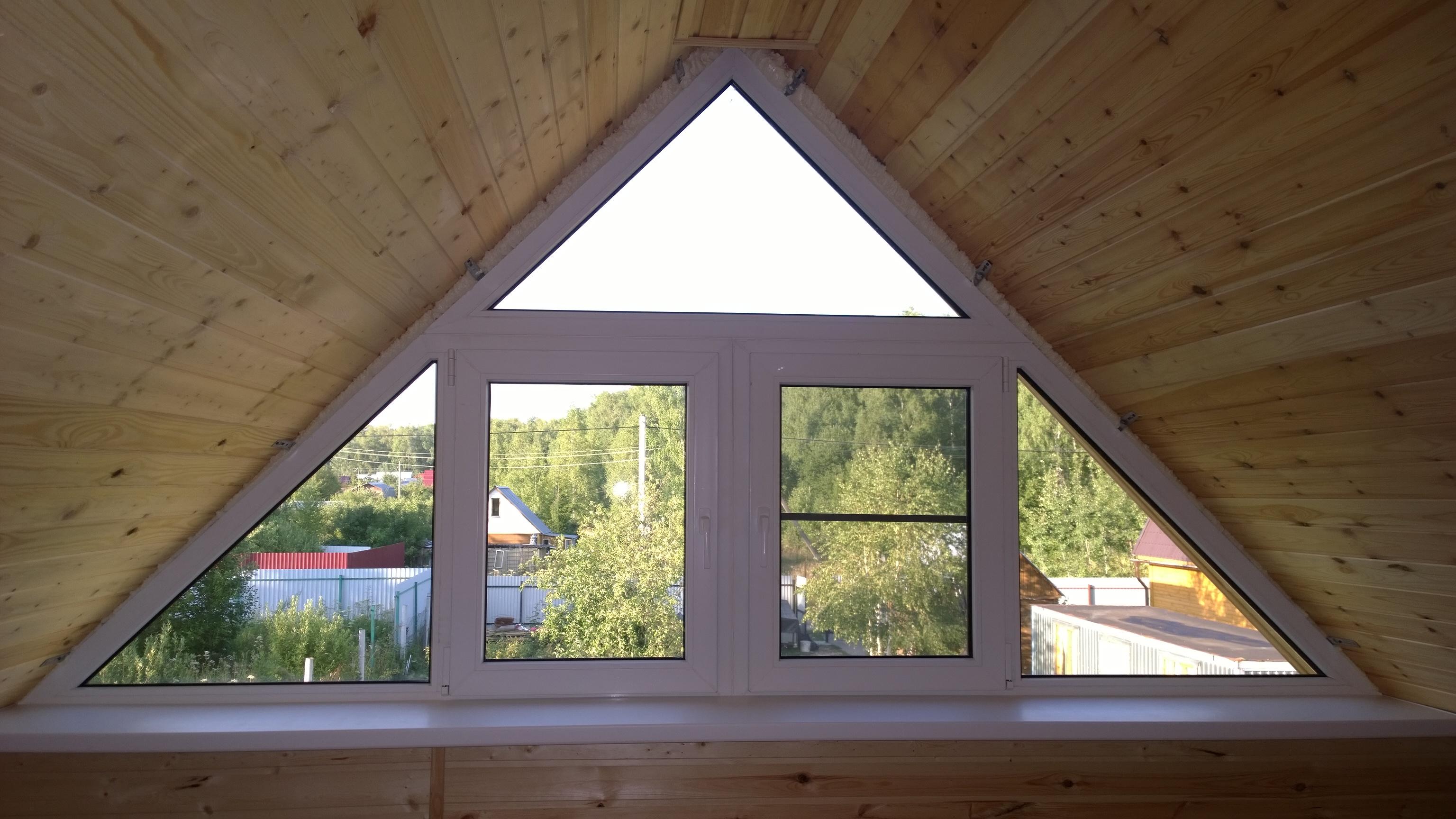 Окно в загородный дом