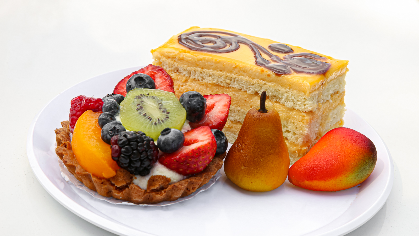 3_Fruit Tart, Marzipan, and Mango Mousse