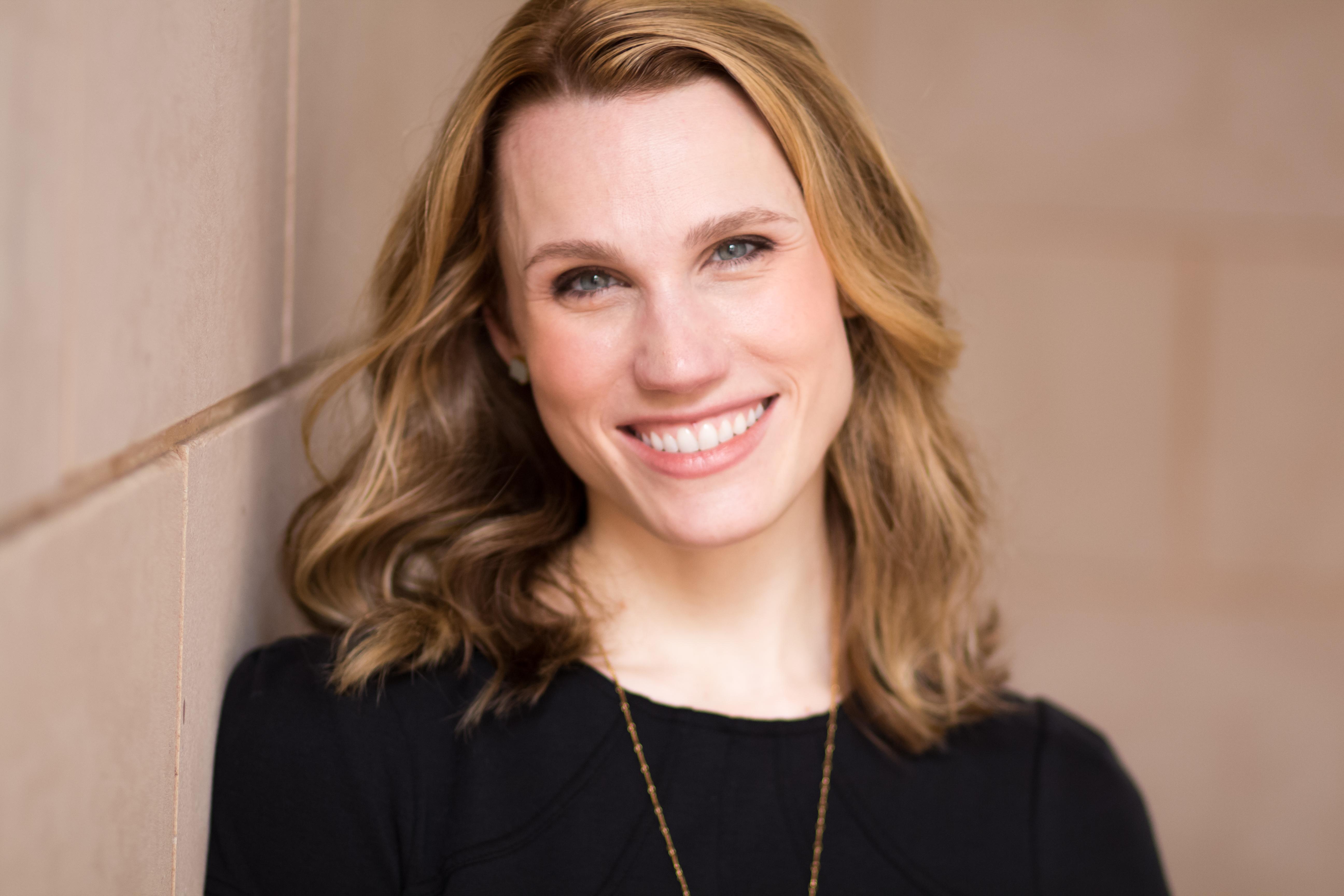 Opera Singer: Julie