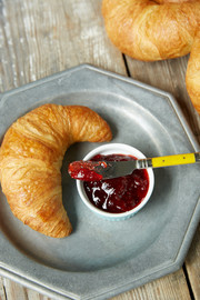 Food Stylist for Magazines | Croissant Stylist
