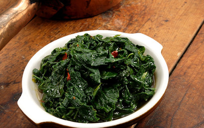 food styling country greens