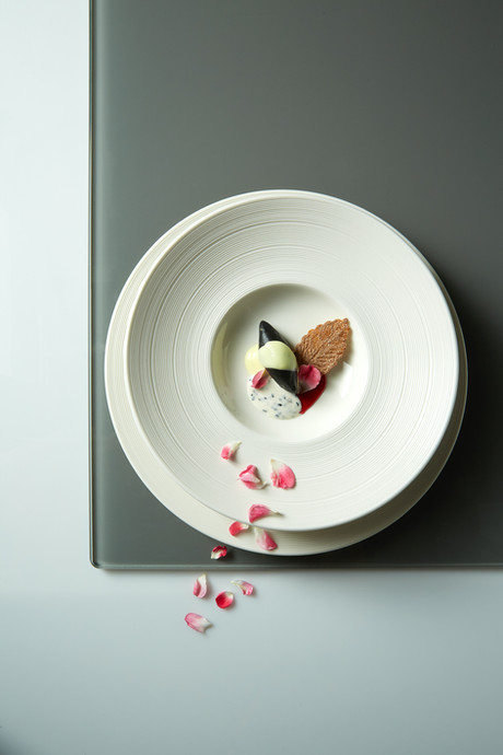 Food styling quenelle | food art photography