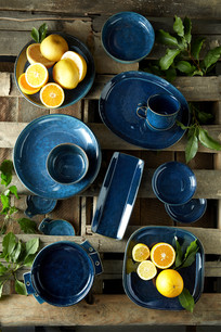 food styling citrus and plates