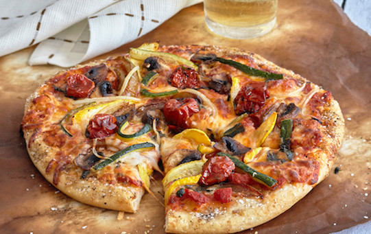 How to style pizza for food photography