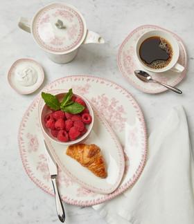 Light Breakfast   lifestyle food photography