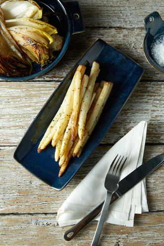 food styling white asparagus