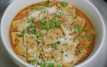 food styling Italian soup