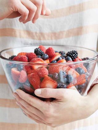 food styling fresh berries