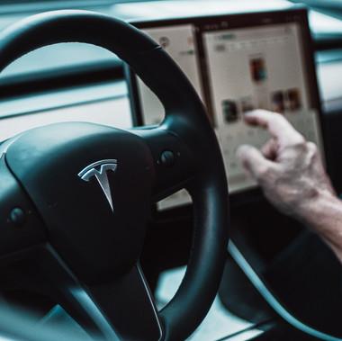 Tesla: Um prejuízo valioso
