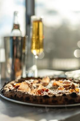 pizza champagne .jpg