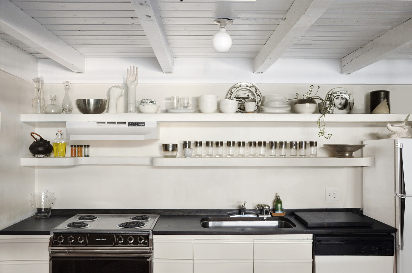 Kitchen.closeup.jpg