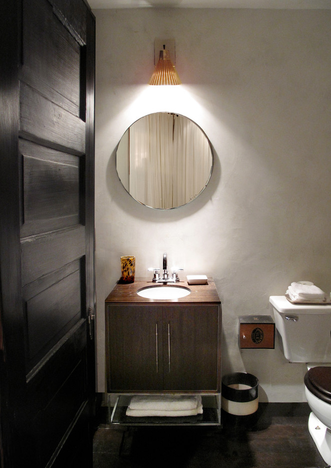 Bathroom.front.jpg