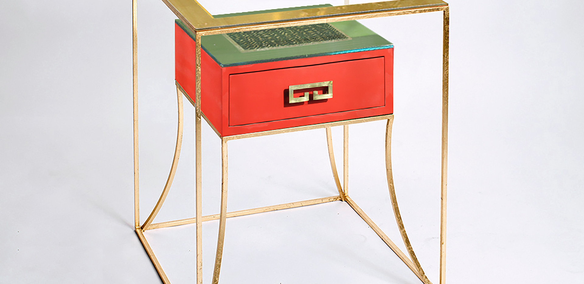 CUSTOM SORRENTO SIDE TABLE