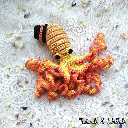 """Tiny Octopus Crochet """"The Gentleman"""""""