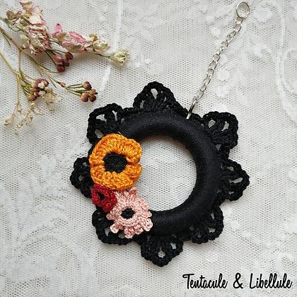 Vintage Tiny Crochet Frame