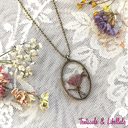 Dried Flower Resin Necklace