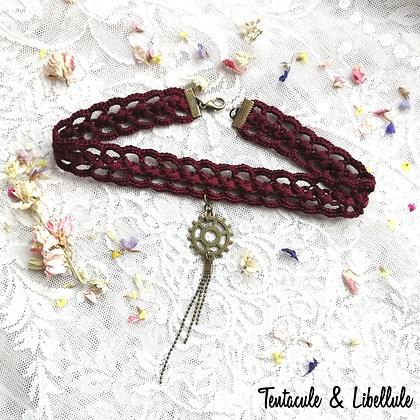 Steampunk crochet Necklace