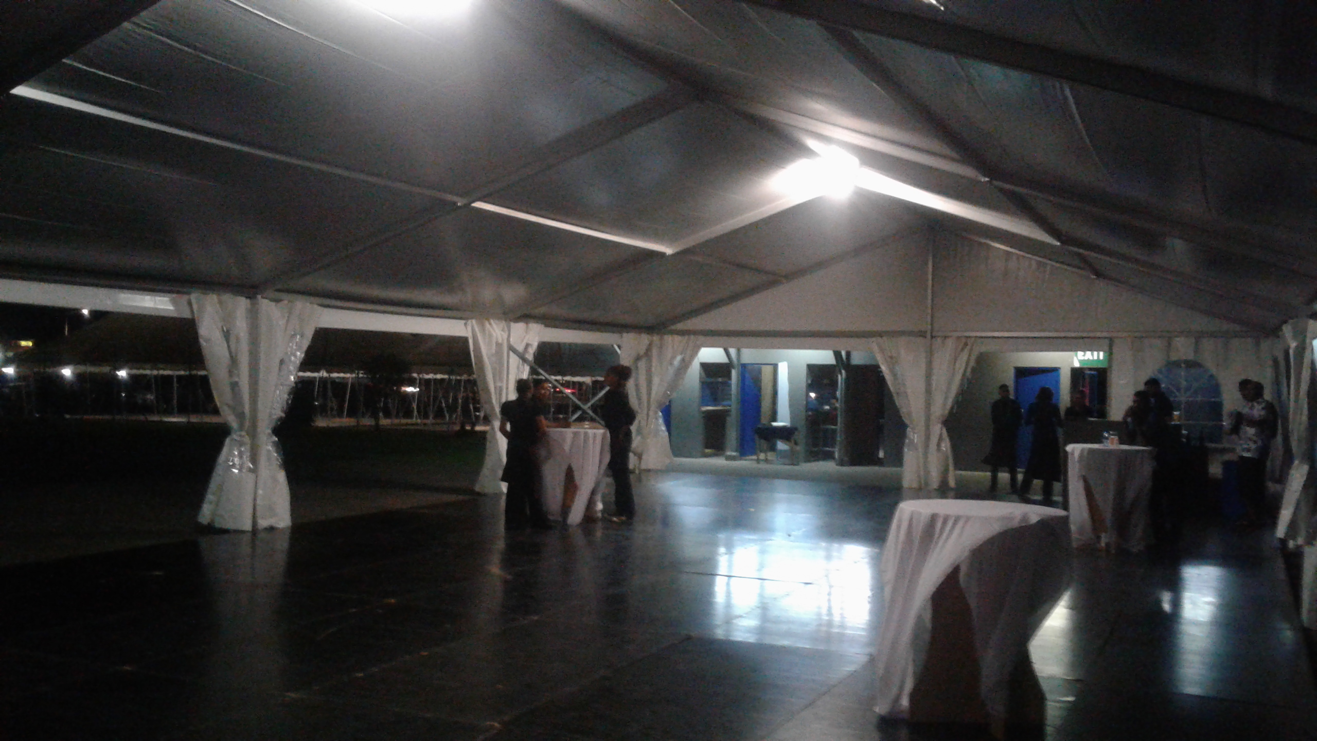 Executive Clear Span Tent 3