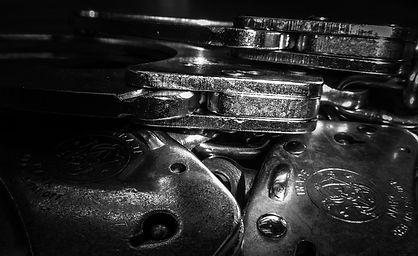 handcuffs-g6a06e6e61_1920.jpg
