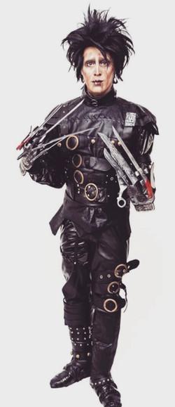 Edward Scissorhands | Mina Mercury