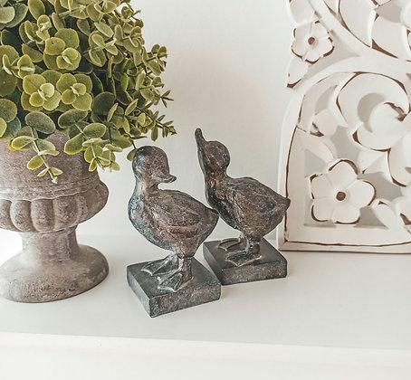 Lot de deux canards décoratifs