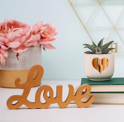 """""""Love"""" à poser doré en bois"""