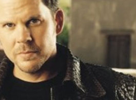 "Gary Allan: ""Every Storm (Runs Out Of Rain)"" – Live at Village Studios"